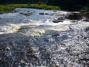River near lower Taqhuamenon Falls